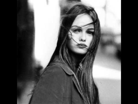 Vanessa Paradis -Dis lui toi que je t'aime