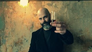 Literary Drinks Video No.4: Lucky Jim (Methanol... well, not really)
