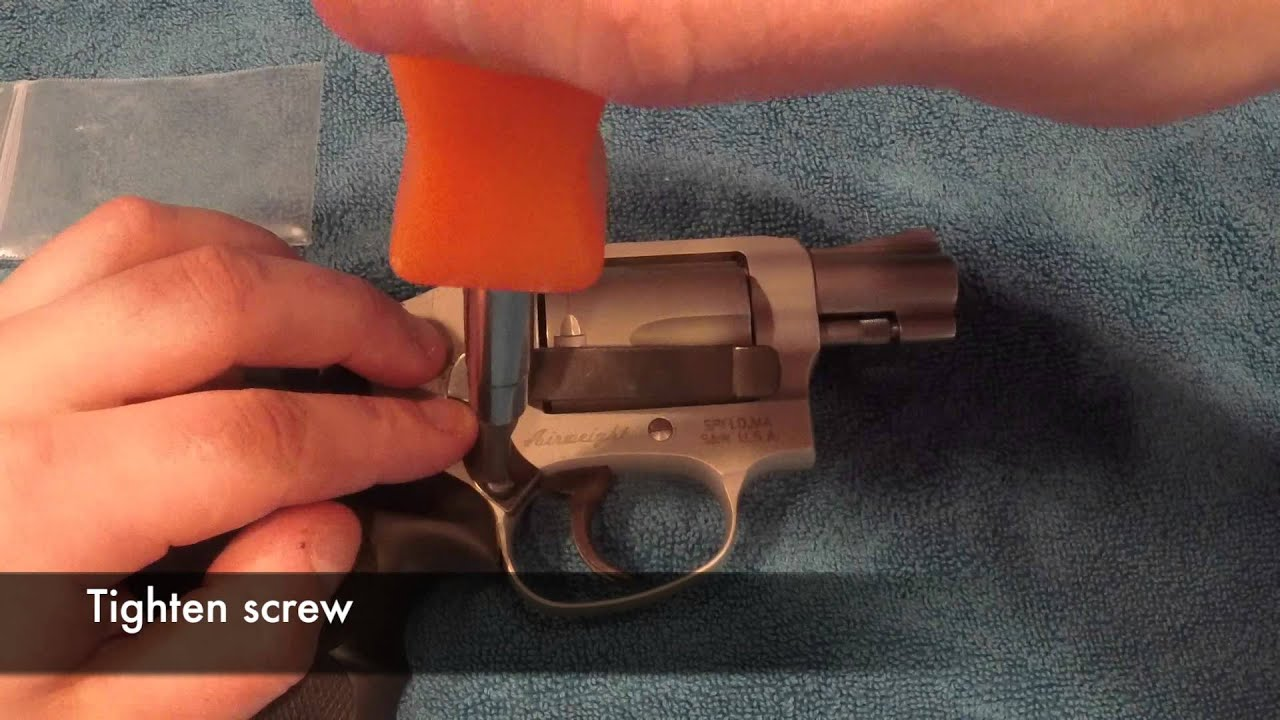 Installing Smith & Wesson J-Frame Revolver Clipdraw - Official ...