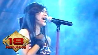 Download Utopia - Kosong (Live Konser Manado 12 Mei 2006) Mp3