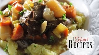 Smothered Roast Beef & Vegetables - How to make the perfect roast beef dinner - I Heart Recipes
