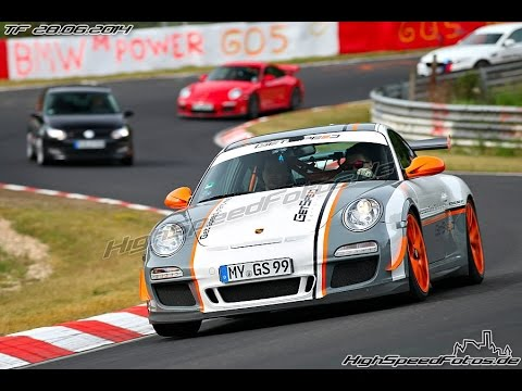 nordschleife porsche 997 gt3 rs vs 997 gt2 almost crash powerslide y. Black Bedroom Furniture Sets. Home Design Ideas