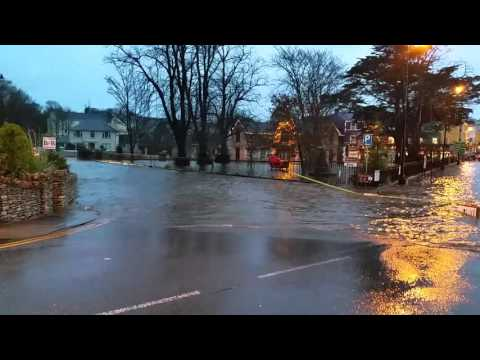 Storm Desmond: flooding in Kenmare(1)