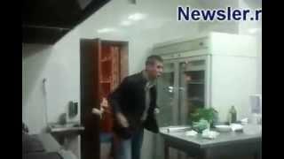 Быдло-гурман Алексей Панин скандалит в ресторане