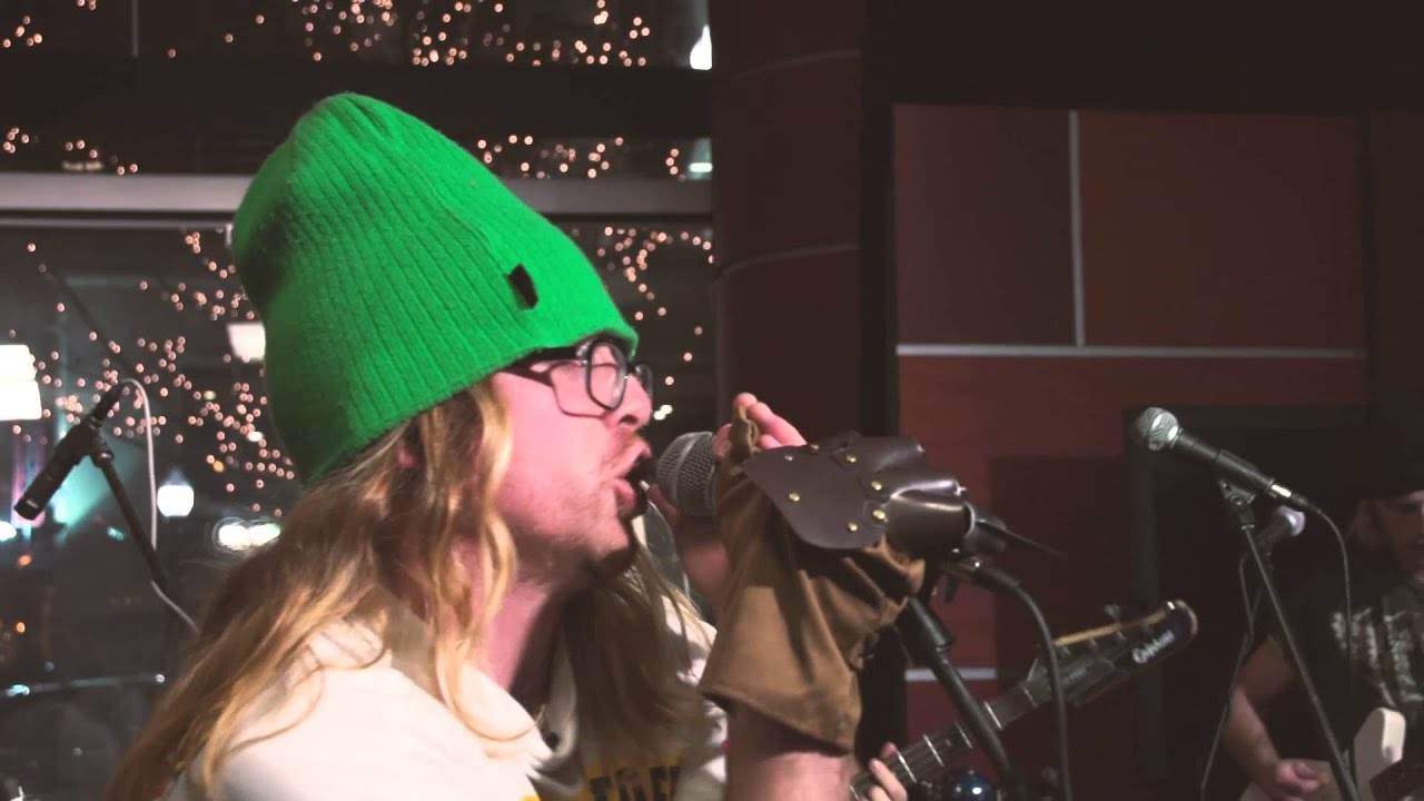 55190ccb14e The Gnar Wave Rangers - 475 (Live on WLUW 88.7) - YouTube