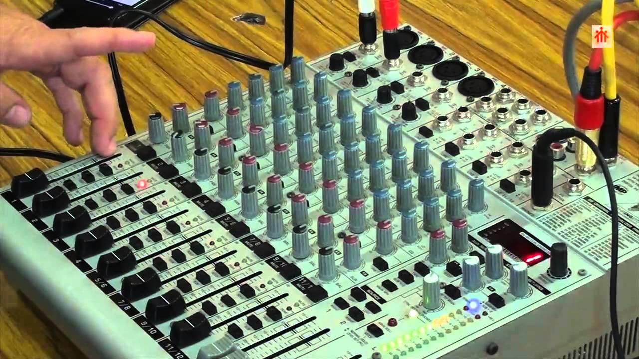 MESAS DE MEZCLAS Mesa de Mezclas de Audio Behringer