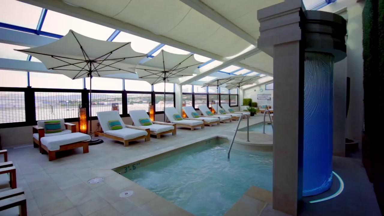Aqua spa lounge outdoor pool atlantis casino resort - Reno hotels with indoor swimming pool ...