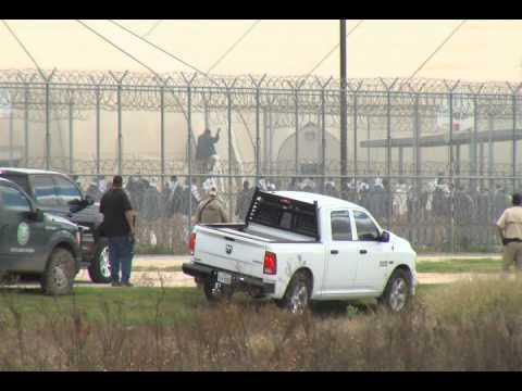 RAW VIDEO: Multiple agencies descend upon federal prison under lockdown