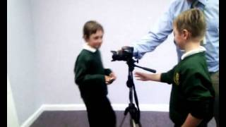How to take pictures.wmv