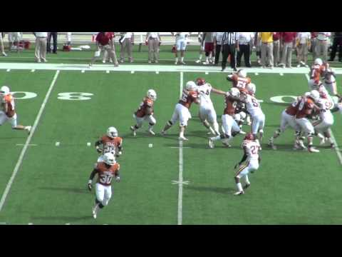 Iowa State-Texas 2012: Johnathan Gray is Hard to Tackle
