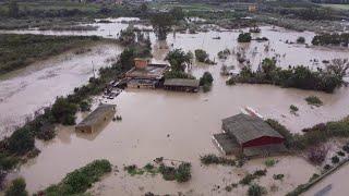 Maltempo nel Catanese, esonda il fiume Simeto: le immagini dall'alto