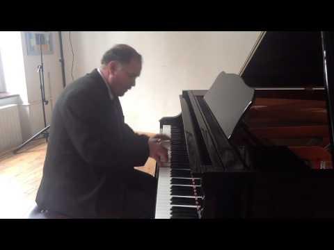 Adrian Bordeianu - piano- CAROLS- JINGLE BELLS.MOV