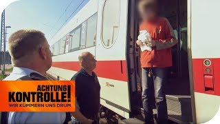 Ungewöhnlicher Einsatz: Warum ist der kleine Junge allein im Zug? | Achtung Kontrolle | kabel eins