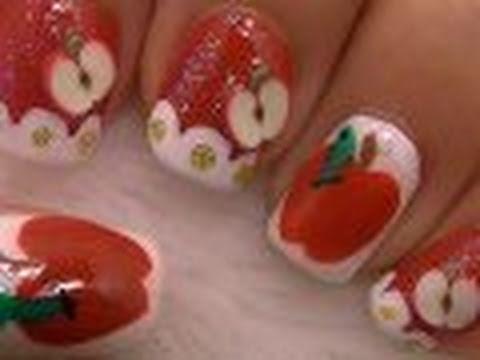 Apple nail art arte para las u as con dise o de manzana - Disenos para las unas ...
