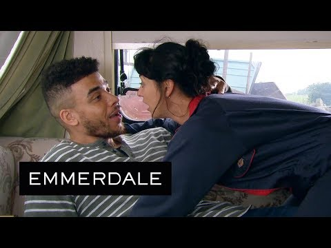 Emmerdale - Pete Almost Catches Moira And Nate As They Let Their Guard Down