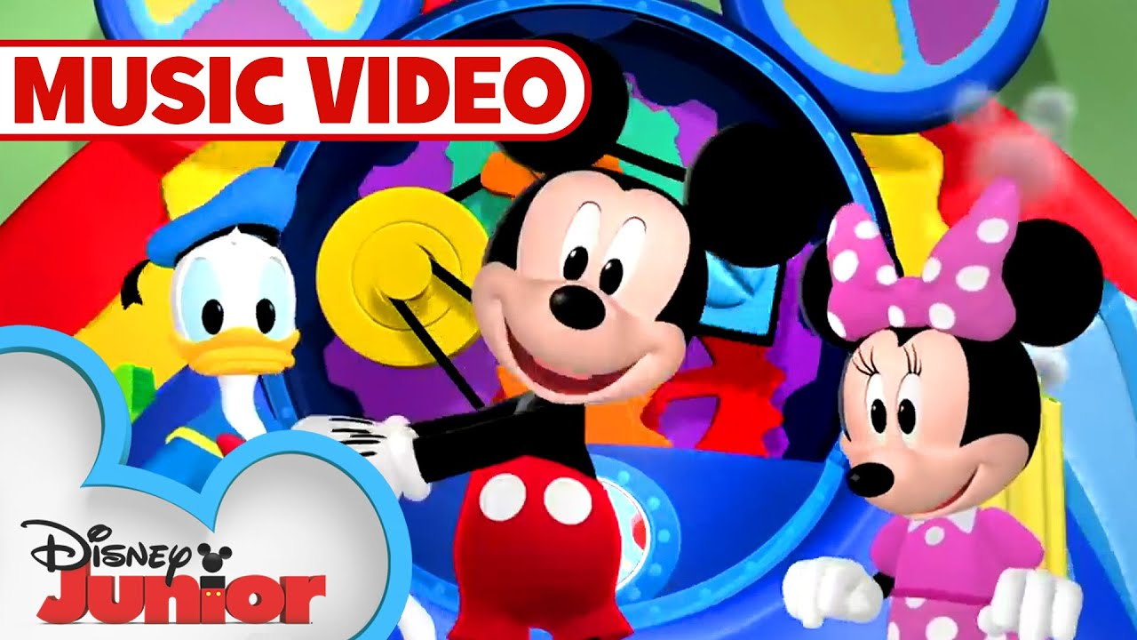 Mickey mouse clubhouse hot diggity dance and play mickey dancing.