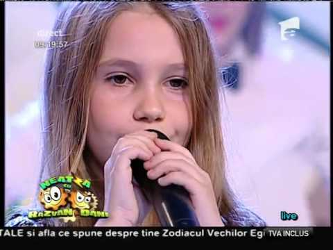 "Ema si Maria Niculae - ""Forever and one (Neverland)"" - LIVE"