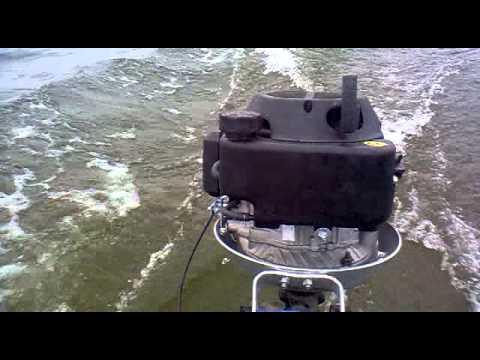 мотор с вертикальным валом 13 л.с на лодку