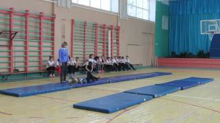 Школа 61 фрагмент открытого урока физкультуры ч.2