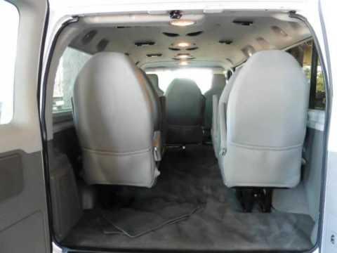 2013 Ford Econoline Wagon E-150 XLT / 8-PASSENGER VAN / CLEAN CARFAX!!!  (Tucson, Arizona)