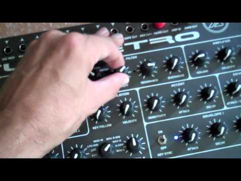XS Synthesizer Tips and Tricks: Understanding mixer levels