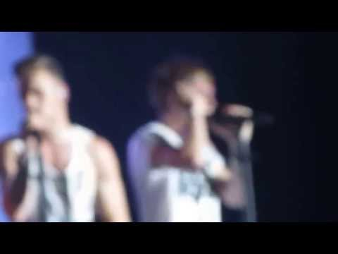 One Direction - Moments   Miami, Florida   06/14/13