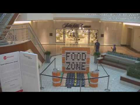 Video: Palm Beach Garden Mall food zone smash.mp4