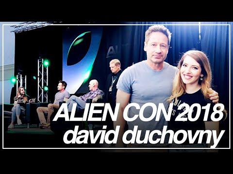 AlienCon 2018  David Duchovny & MItch Pileggi