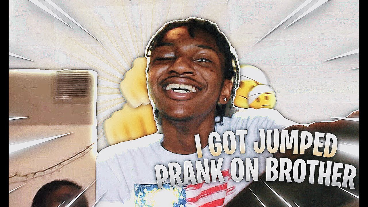 "I GOT ""JUMPED"" PRANK ON FRIEND 😱😂 