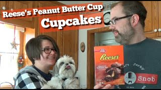 Reese&#39s Peanut Butter Cup Cupcakes