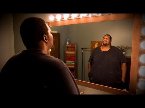 Man's Incredible 300-Pound Weight Loss Transformation