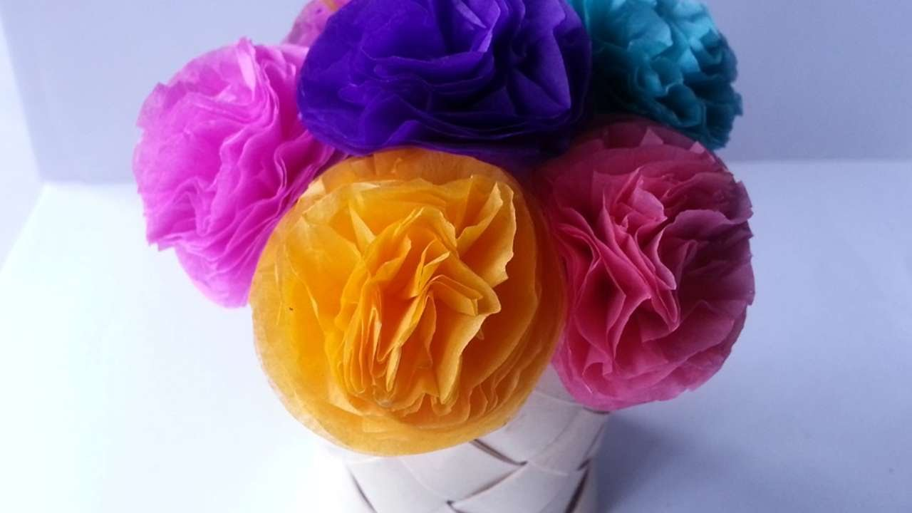 how to make cute tissue paper flowers - diy crafts tutorial