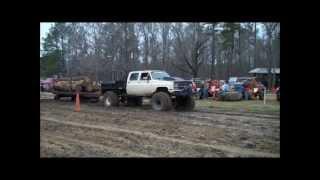 MudSlam 2013 Mud Truck pull