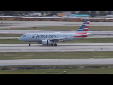 American Airlines A319 Landing At West Palm Beach Airport (PBI)