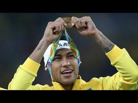 世界杯快讯 内马尔致敬罗马里奥 20180611 | CCTV 体育