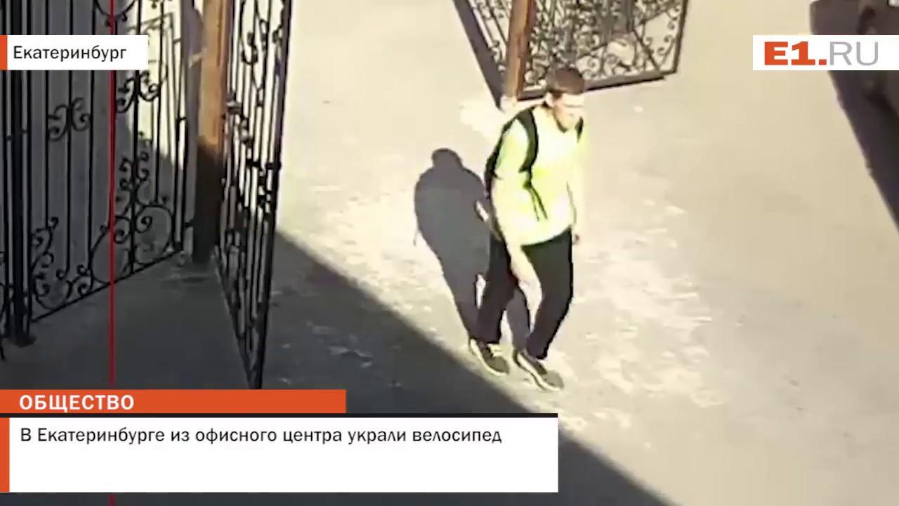 Разборка Автозапчасти бу Акпп Редуктор Дверь Подрамник Балка Мотор .