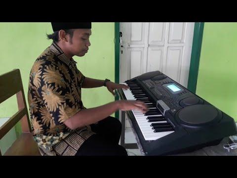 TUHAN JAGAKAN DIA   Piano Instrument