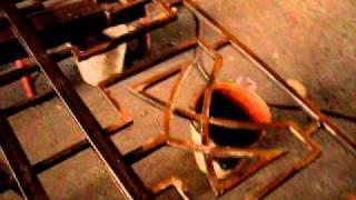 Как сделать имитацию заклёпки на решётке(Рассказ про то, как мы делали имитацию заклёпок из винтиков на оконные решётки., 2010-12-29T14:04:52.000Z)