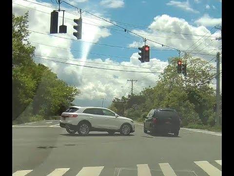 Melville, NY Red Light Crash