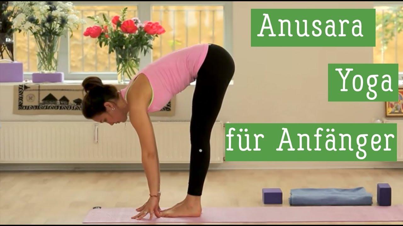Yoga Fur Anfanger Anusara Yoga Mit Christina Lobe Yoga Workout Youtube