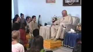 Sri Harilal Poonja ♥ Papaji ◦ The ISness is Me (1994-03-12)