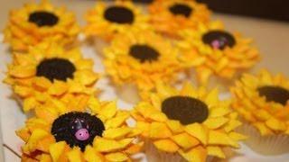 #14 Sunflower Cupcakes - how to make buttercream sunflowers