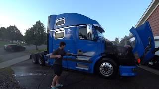 Trucker AQSH/ Kichik ta'mirlash va tozalash Trak 777..