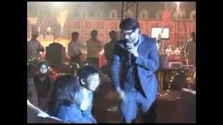 RJ /DJ/Rappper Avinash Fever 104 fm.flv