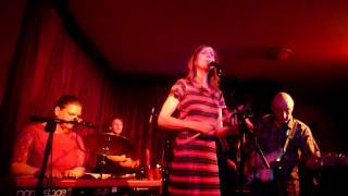 5 Tammy Payne - Singing Peaches Regalia - at The Green note 16 - 06 - 2015