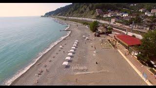 Пляж Дагомыс в Сочи - съемка с высоты птичьего полета(Один из самых лучших пляжей Сочи - мелкая галька, большая территория, много кафе, есть детские площадки...., 2016-05-25T18:32:26.000Z)