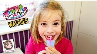 YUMMY NUMMIES Wonderful Waffles - Waffeln mit Sahne und Sirup | Mini Kitchen Magic für Kinder
