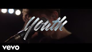 Скачать Troye Sivan YOUTH Lyric Video