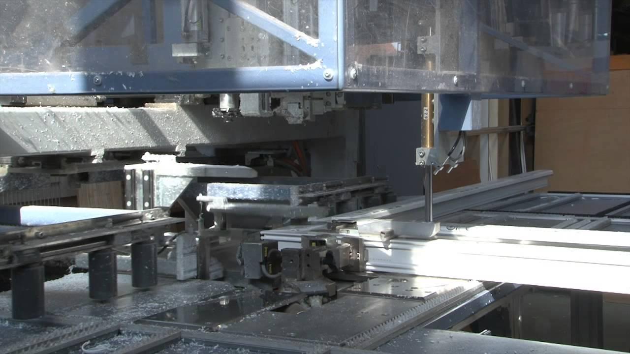 Fabrication de menuiseries pvc dans l 39 usine d 39 a m pvc for Fabricant de menuiserie pvc