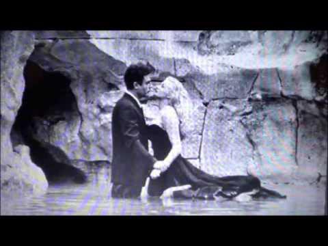 Through the Falls - Solo (Fontana di Trevi)
